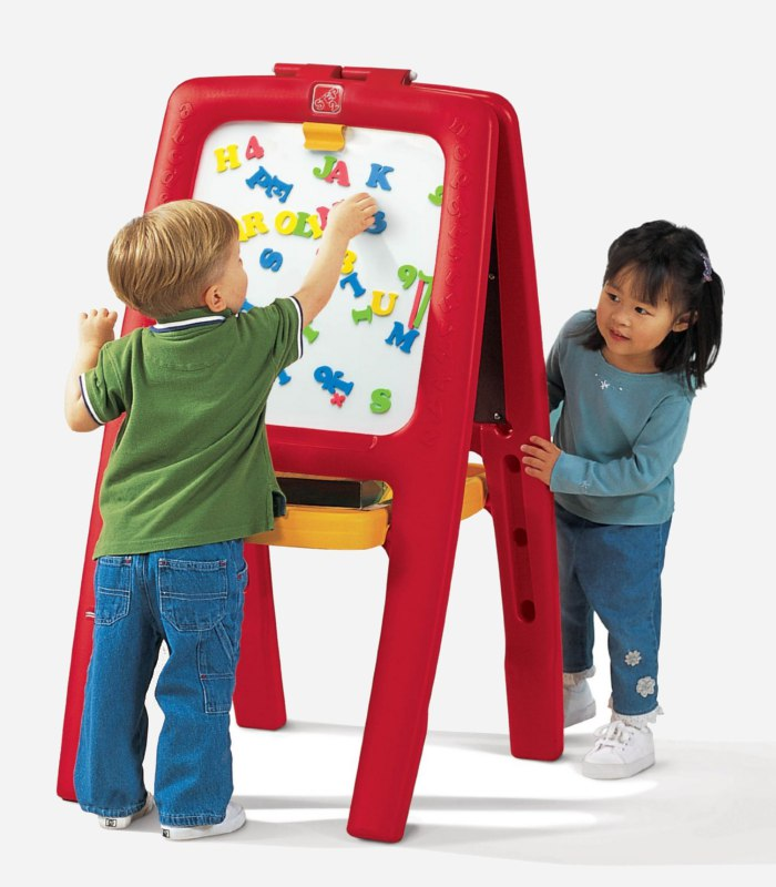 Best easels for toddlers: Step2 Easel for Two