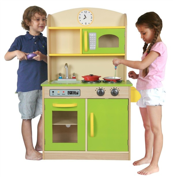 5 Wooden Play Kitchens That Appeal To Little Boys And Girls Too
