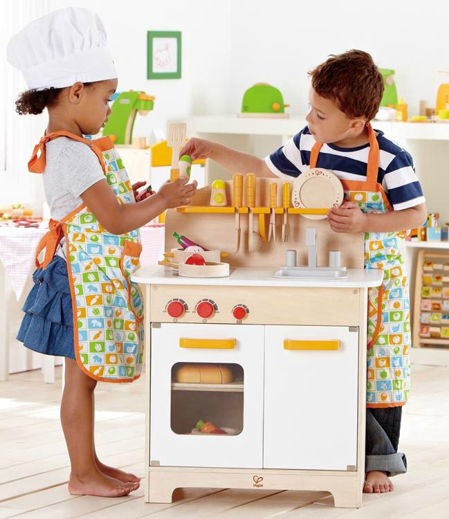 5 Wooden Play Kitchens That Appeal To Little Boys (and