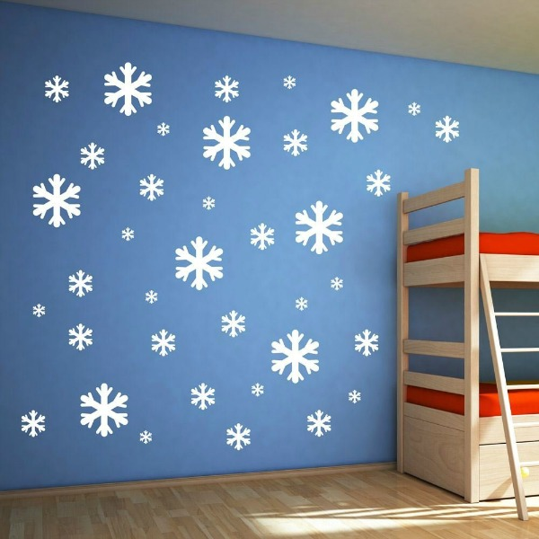 Let it snow! Disney Frozen room decor - snowflakes to Frozenify (yes ...: kidslovethisstuff.com/disney-frozen-room-decor