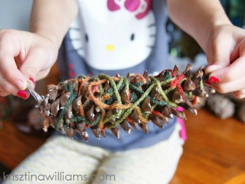 fall craft projects for kids - fall pine cone craft