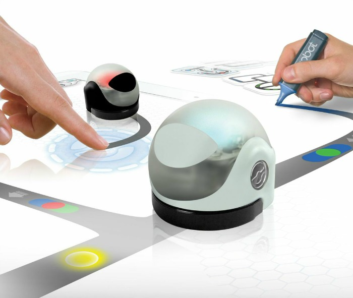 Ozobot gaming robot toy for kids