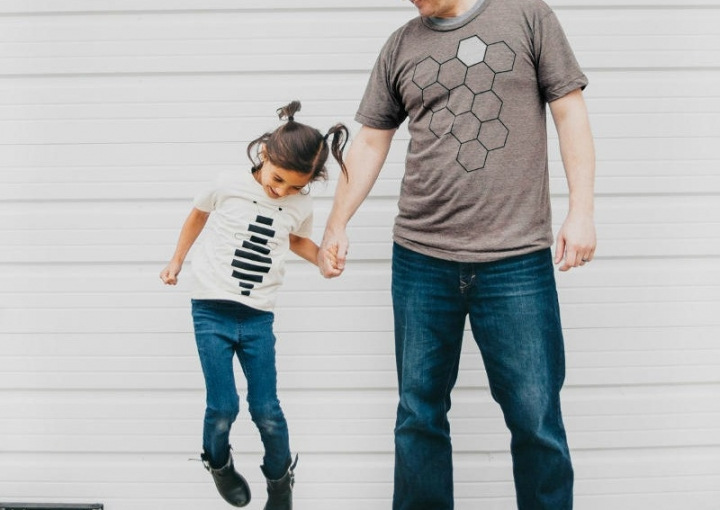 Father Daughter Shirts – Honey Bee and Hive T shirt Set