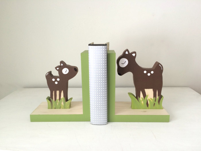 Bookends for Children: 9 Adorable Gifts for Your Young Bookworm | kidslovethisstuff.com