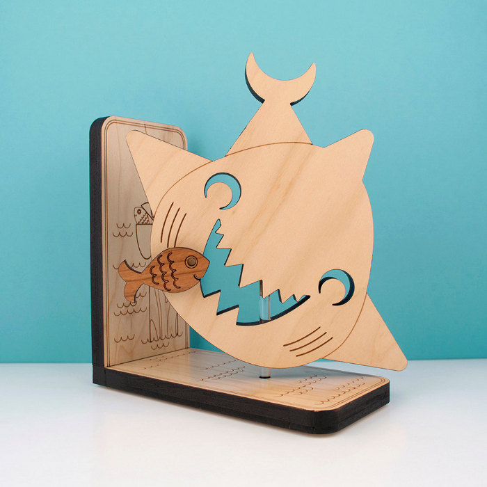 A great bookend for children who love sea life | kidslovethisstuff.com