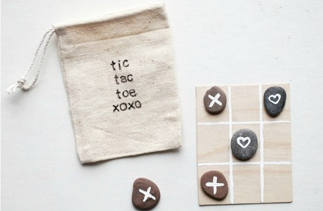 A Last Minute Non-Candy Valentine's Gift for Kids that You Can DIY