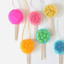 DIY candy necklace lollipops FP3