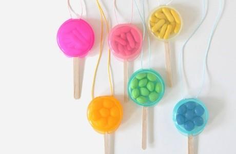 DIY candy necklace lollipops FP3