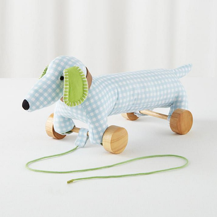 Gift ideas for 2 to 3 year olds - dog pull toy | kidslovethisstuff.com
