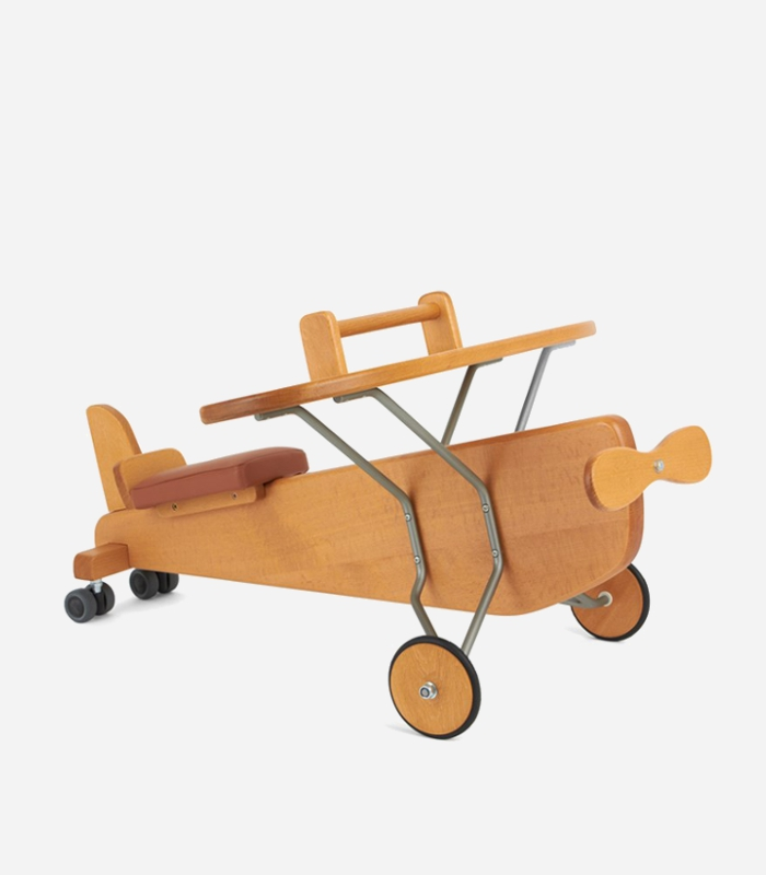 Wooden ride on plane. Awesome for both indoor and outdoor play | Gift for toddlers via kidslovethisstuff.com