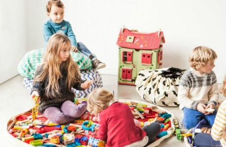 Kids Play Mats That Make it Easier for the Littles to Cleanup After Themselves