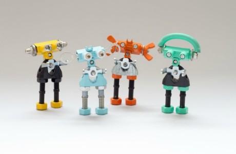 The Offbits kits - upcycled robots FP2