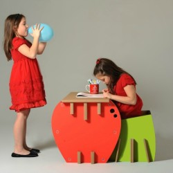 Eco & You: Cool, Eco-Friendly Cardboard Furniture for Kids