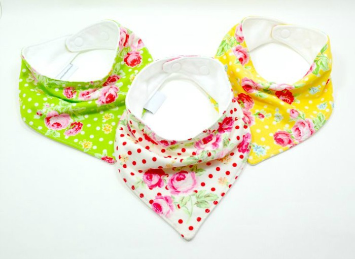 Baby gift inspiration: Bandana Bibs - a cool gift, keeping little one dry and super chic at the same time.
