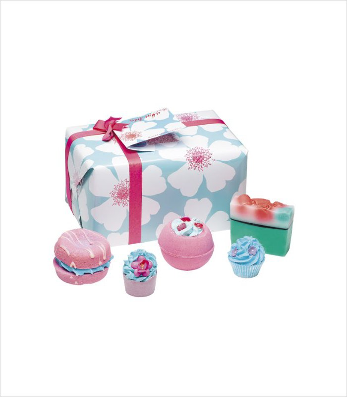 Gift ideas for 13 years old - bath bombs pink