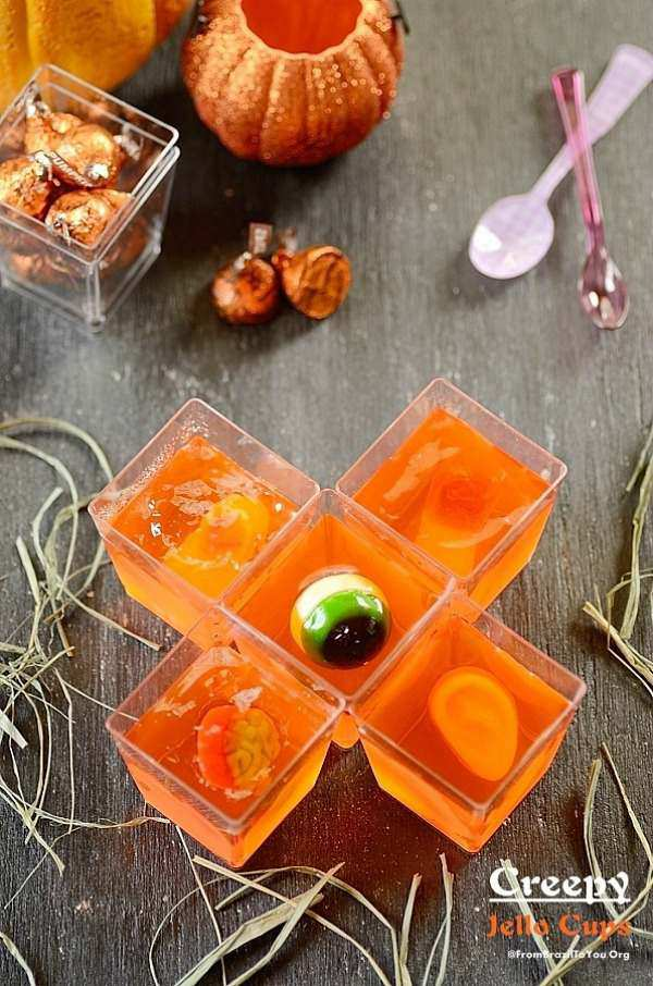 Spooky halloween desserts for kids - creepy jello cups