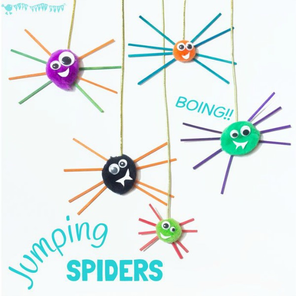 spider Halloween crafts - pom pom jumping spider craft