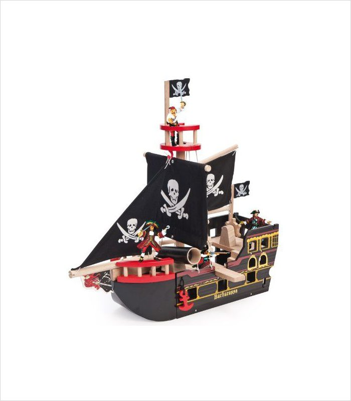 Know a 5 year old with a Pirate ship obsession? Gift ideas for 5 year olds - Wooden Barbarossa pirate ship.