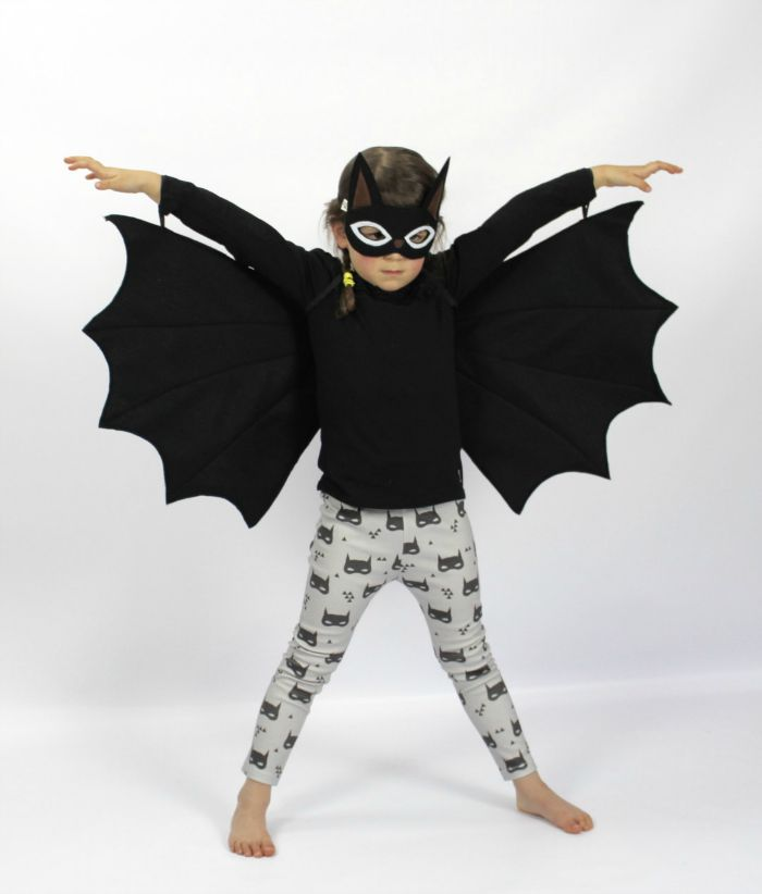 Gift ideas for 5 year olds - bat wings and mask
