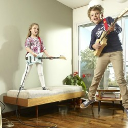 Gifts for 6 year olds - Loog Electric Guitar