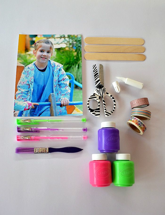 Make a personalized popsicle stick puzzle photo - the materials
