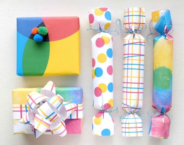 Make your own gift wrap - printable gift wrap with a modern design
