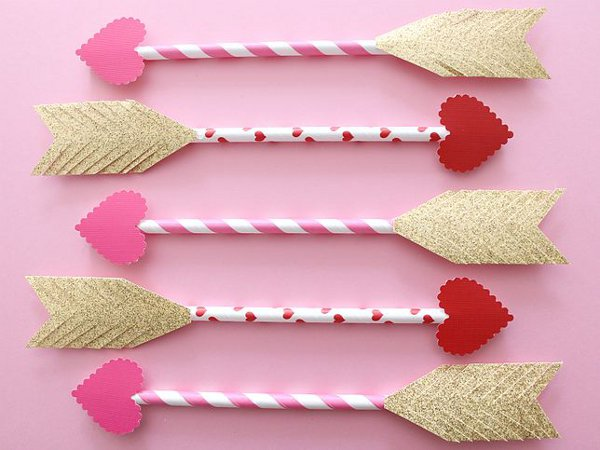 8 valentine craft ideas to make with kids for Toddler valentine craft ideas