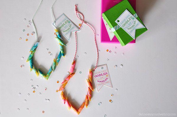 Valentine craft ideas for kids - valentines pasta necklace
