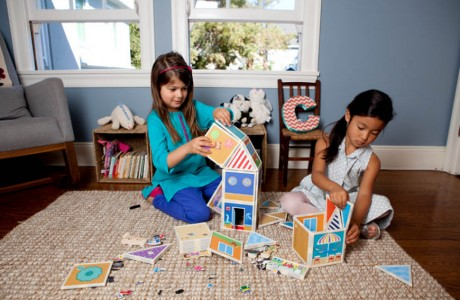 Build, Play and Tell Stories with These Magnetic Dollhouse Kits
