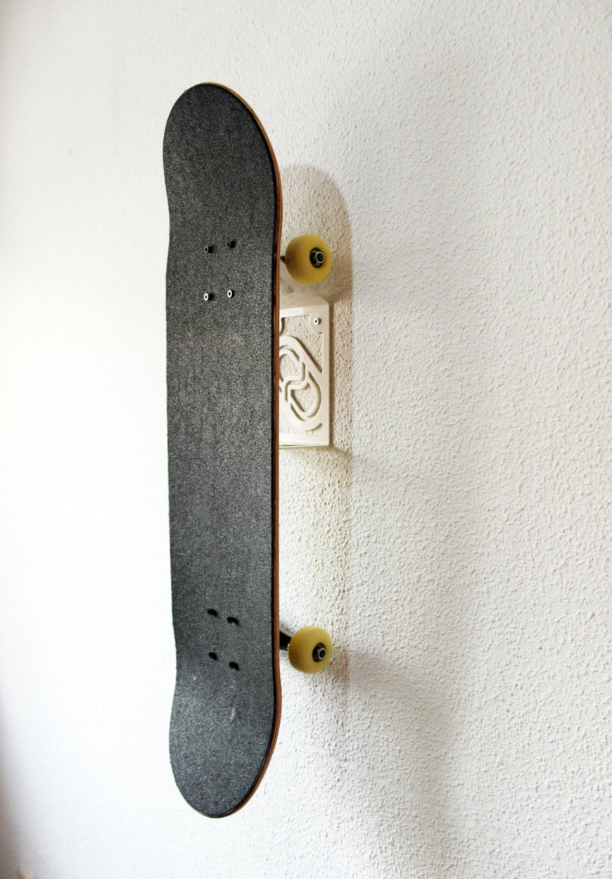 Stakeboard storage solution - steel skateboard rack