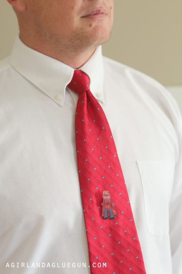 Things to make for fathers day - tie tack for dads