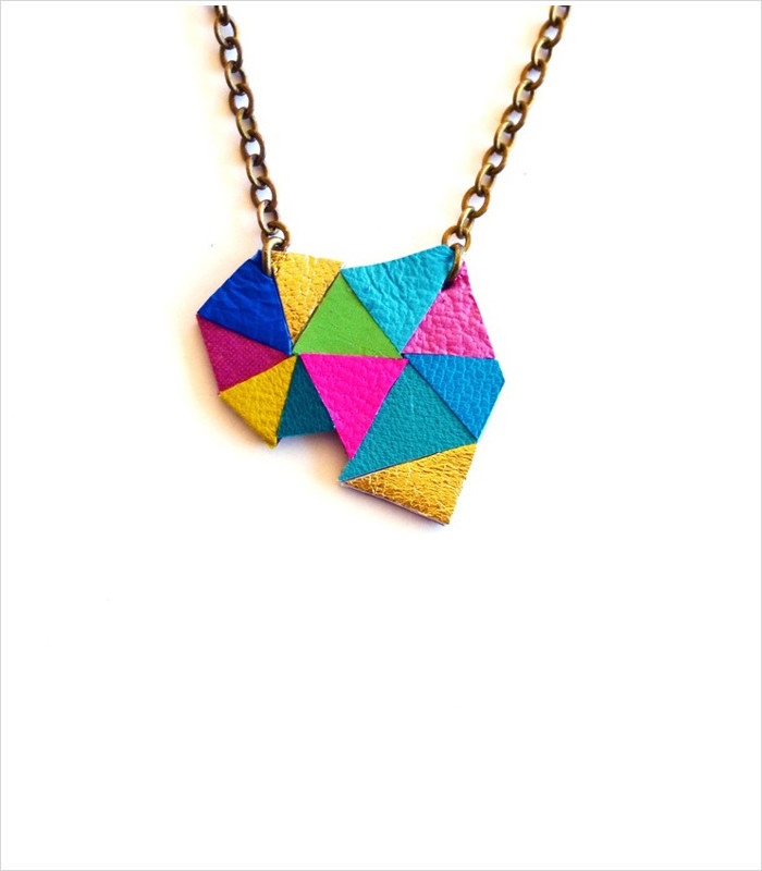 gifts-for-tween-girls-triangle-kaleidoscope-pendant