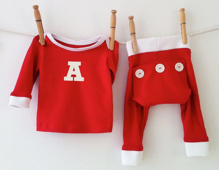 cf4769380 17 of the Cutest Christmas Pajamas for Kids