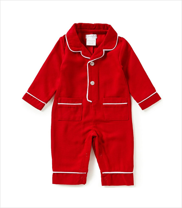 Warm, Fuzzy and Totally Cute Christmas Pajamas for Kids - Going for the classic look.