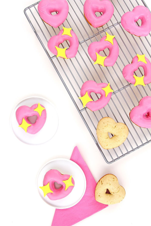 11 Heart Shaped Snacks and Treats Featuring Heart Emoji Donuts (via Aww Sam)