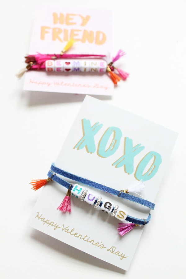 16 Last Minute Valentine Printables featuring Valentine's Message Bracelet (via Lindsey Crafter Blog)