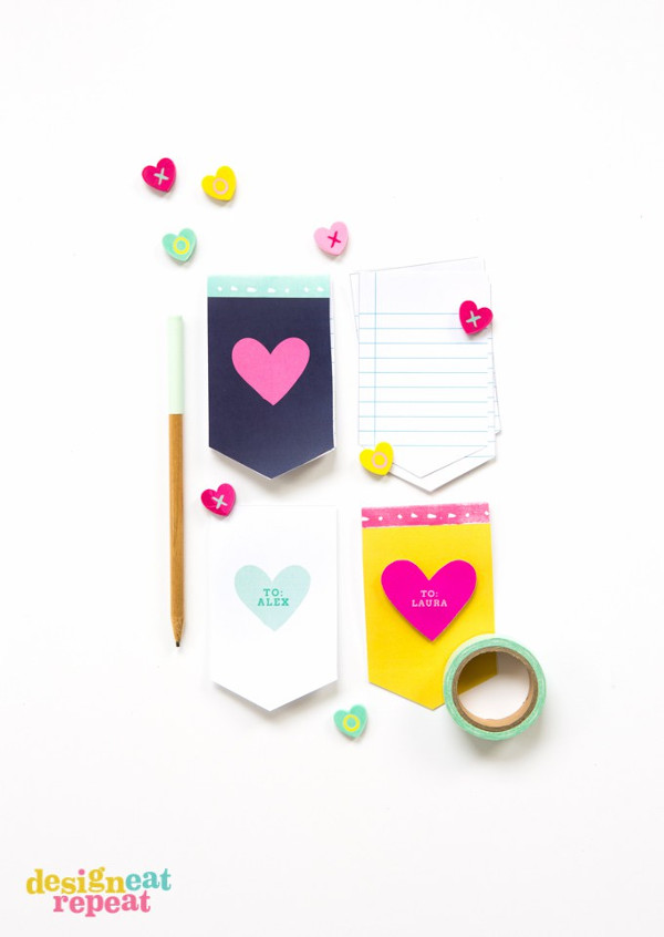 16 Last Minute Valentine Printables featuring Printable Valentine Notepad (via Design Eat Repeat)